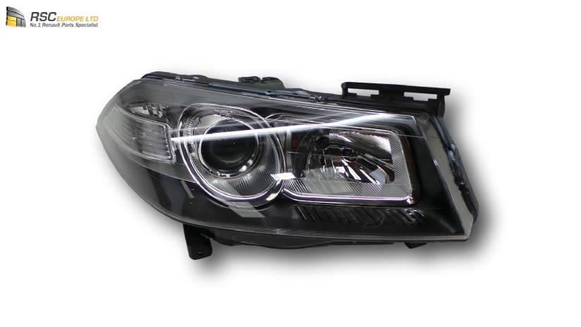 new renault megane ii phase 2 right halogen headlight. Black Bedroom Furniture Sets. Home Design Ideas