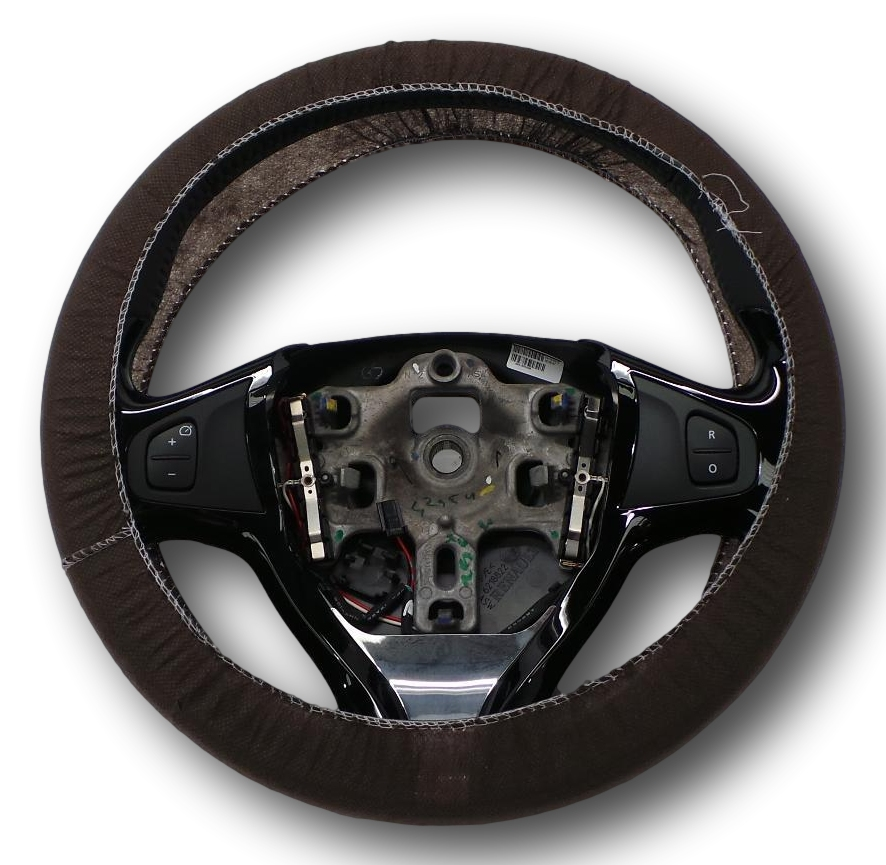 Renault Captur 2013 Leather Steering Wheel With Cruise
