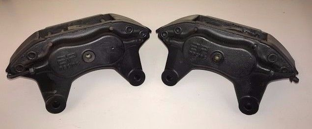 Front Pair of AP RACING front calipers for Renault Clio 3.0 V6 Pertol