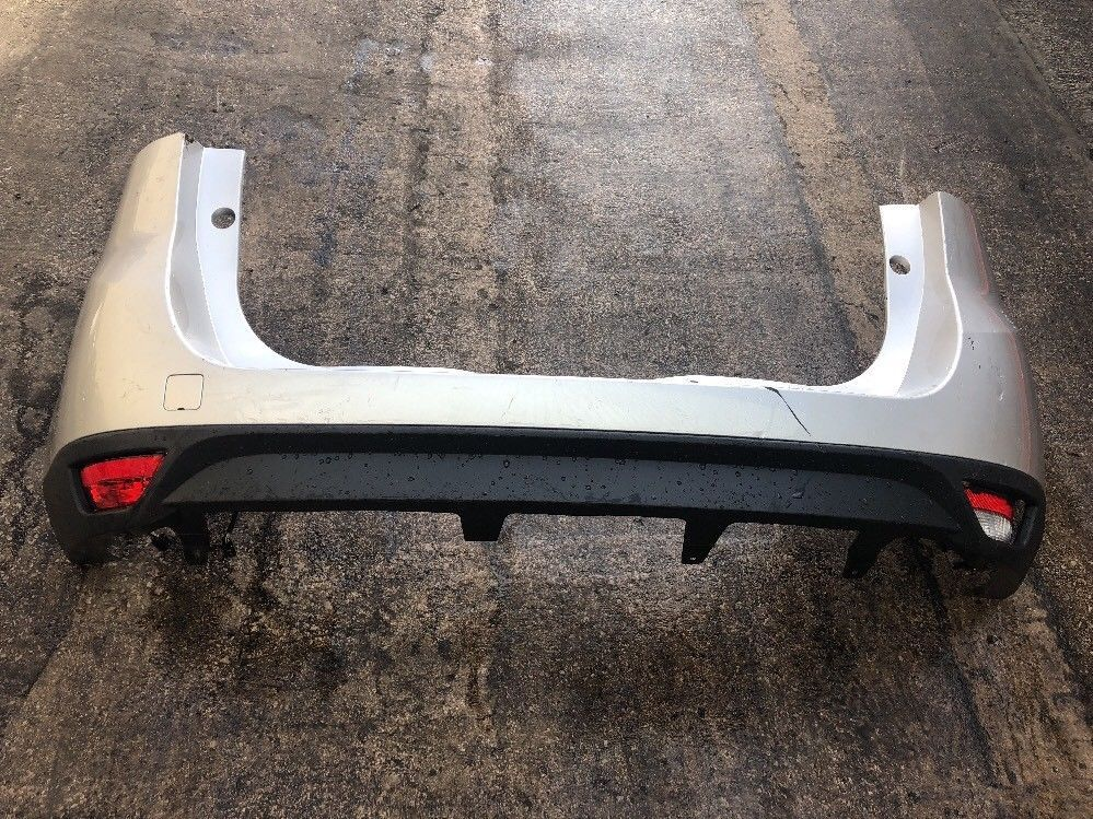 GENUINE RENAULT SCENIC REAR BUMPER 2009 TO 2012 P/N: 850220040R SILVER