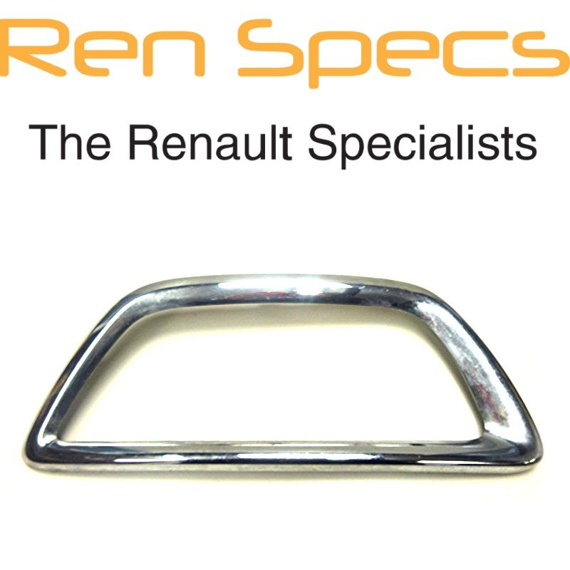RENAULT CAPTUR BRAND NEW - Right Front Bumper Moulding Chrome Fog lamp surround